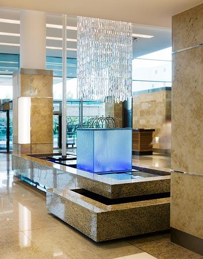 Декоративные водопады в дизайне интерьеров в Одессе