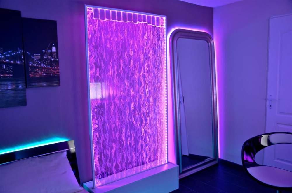 Пузырьковая панель в интерьере помещения в Одессе