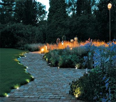 Освещение в ландшафтном дизайне сада в Одессе