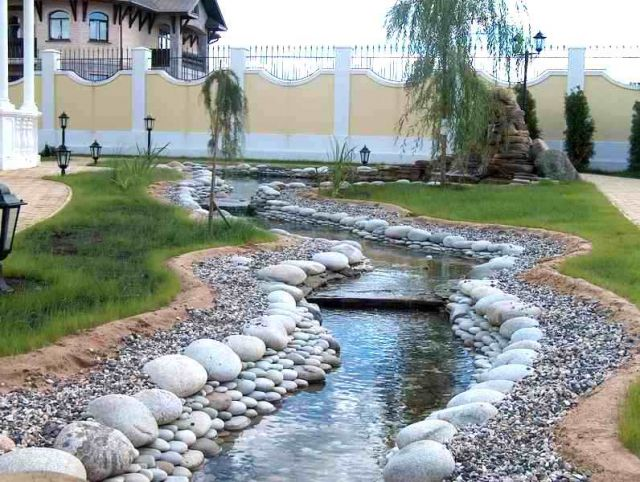 Искусственные водоемы на приусадебных участках в Одессе