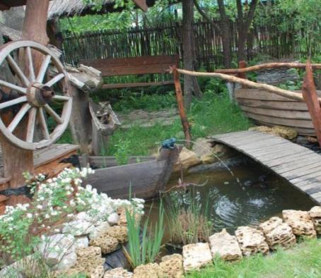 Искусственный ручей на участке в Одессе