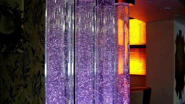 Пузырьковые панели и колонны в дизайне интерьеров в Одессе