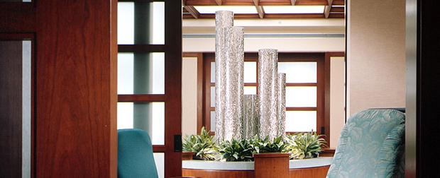 Пузырьковые колонны в дизайне интерьера в Одессе