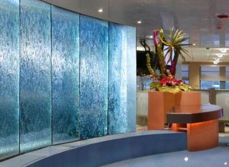 Декоративные водопады в интерьере помещений