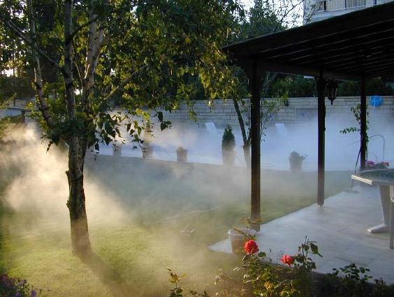 Охлаждение туманом открытого пространства