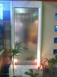 Декоративный водопад по зеркалу в Одессе