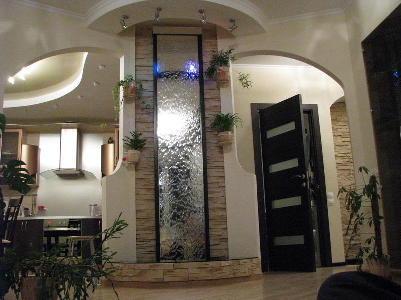 Декоративные водопады в оформлении помещений
