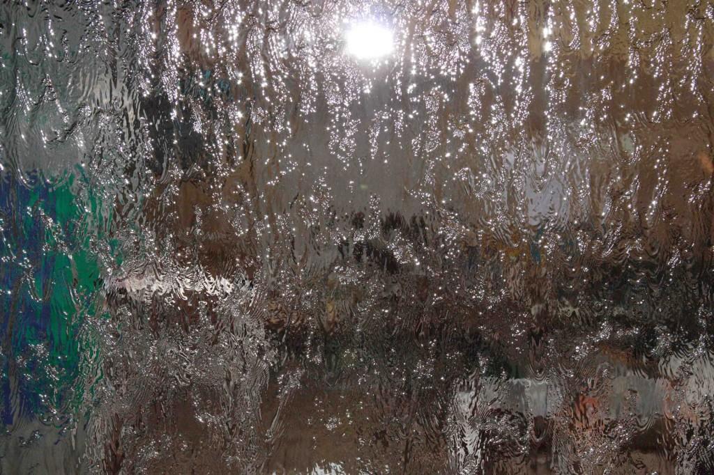 Водопады по стеклу на заказ в Одессе