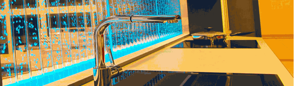 Пузырьковые колонны и панели в дизайне интерьера