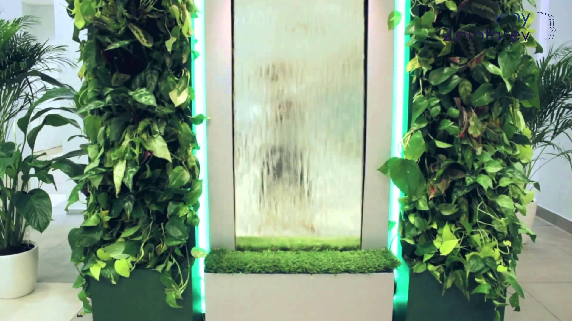 Декоративный водопад по стеклу на заказ
