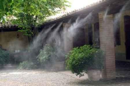 Охлаждение открытых площадок искусственным туманом